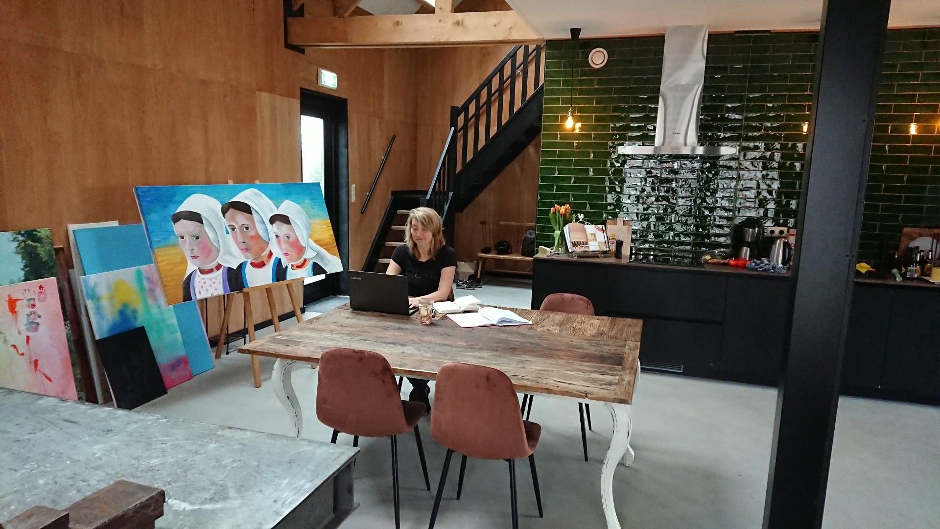 Eerste schrijver Anke van Oostveen in Het Tortelnest!