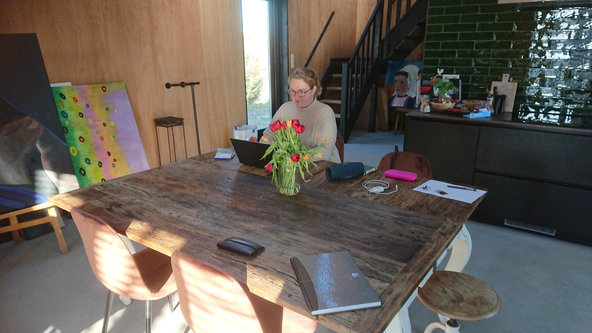 Schrijver Jessica Kuitenbrouwer werkt aan haar debuutroman